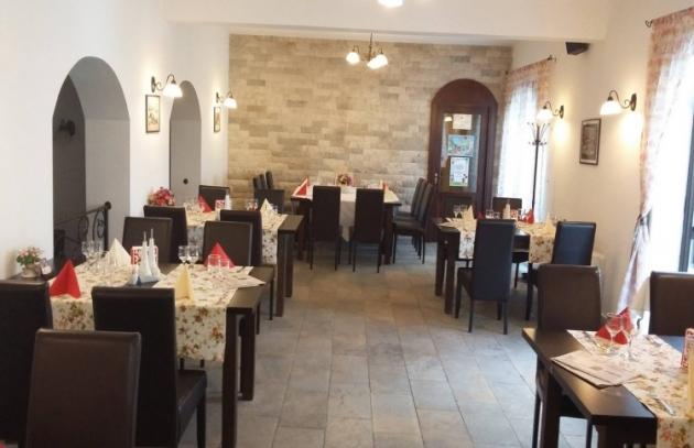 Restaurant Hanul Domnesc Brasov Restaurante Brasov Com